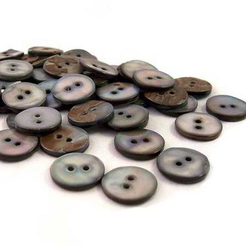 mother of pearl buttons in black lip